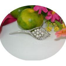 1x Women's Jewelry Artificial Pearls Crystal Calla Flower Shawl Brooch Pin Decor