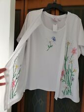 Quacker Factory Wildflower Embroidered Duet Top Size 1x White