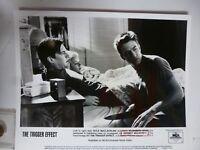 "Vintage Glossy Press Photo Kyle Maclachlan Elisabeth Shue ""Trigger Effect"" 1996"