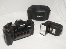 Nishika N8000 3D stereo 35mm camera kit with case, and flash. Good working order