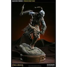 Black Orc Scout of Mordor Premium Format Lord of the Rings Statue Sideshow