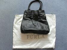 FURLA Black Handbag genuine leather dans excellent condition