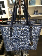 Michael Kors Jet set viaje mediano Carry All bolsa cuero azul marino floral