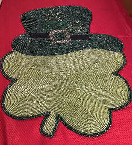 """St Patrick's Day Beaded Mat Placemat Centerpiece Charger 13"""" Green Shamrock Hat"""