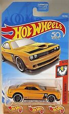 2018 Hot Wheels #143 Muscle Mania 4/10 '15 DODGE CHALLENGER SRT Yellow w/PR5 sp
