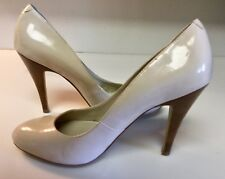 "JESSICA SIMPSON Nude Patent Leather Classic Pump Rounded Toe 4"" Heels - Sz 8M"