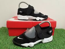 Nike Air Rift Boys/Unisex Trainers Size UK 4.5 Black/White