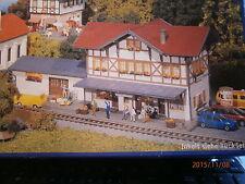 Faller H0  Bahnhof Hochdorf  mit Güterschuppen Bausatz NEU