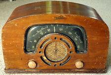 Vintage 1940's Zenith Wooden AM-Short Wave Radio Model 6D2620-N