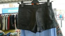 FRENCH CONNECTION FAUX LEATHER HOTPANTS SIZE 6