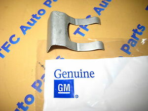 Cadillac CTS XLR Headlight Washer Hose Clip Holder Retainer OEM Genuine GM