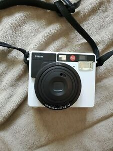 Leica SOFORT Mint Green Instant Camera Kit