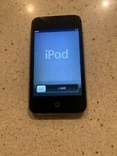 Apple A1367 iPod Touch 8GB Touchscreen 4th Generation MP3 Player Black