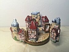 Limoges Box ~ Medieval Village ~ Peint main France Rare