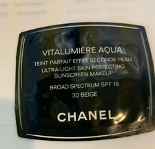 CHANEL VITALUMIERE AQUA Ultra Light SPF 15 Makeup 30 BEIGE face foundation NEW