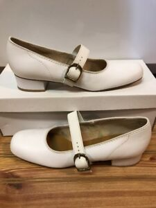Majestic Size 7 S (NARROW) Womens Square Dance Shoes, White, Vintage