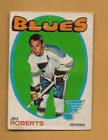 (1) 1971-72 O-PEE-CHEE BLUES JIM ROBERTS CREASED CARD  (H0009)