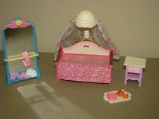 Fisher Price Loving Family DOLLHOUSE girls bedroom canopy bed table furniture