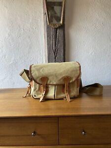 Billingham Camera Bag / Messenger Bag