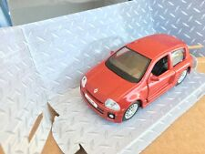 MAISTO RENAULT CLIO V6 Trophy Renault Sport 1/32 RETROCARICA PULL BACK ACTION