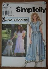 Simplicity 7011 Misses Pinafore Dress Sizes 6-8-10 Uncut Factory Folded - OOP