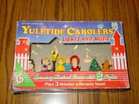 "Vintage ""YULETIDE CAROLERS"" Lights & Music - Plays (3) Christmas Songs - In Box"
