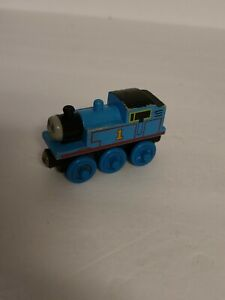 Thomas the Train & Friends Tank Engine - Wooden Railway Learning Curve
