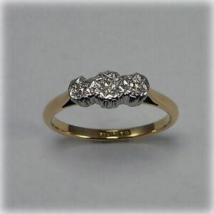 Vintage 18ct Gold & Platinum Three-stone Diamond Ring, circa 1940