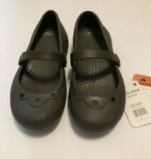 NWT Brown Crocs Girls Alice Mary Jane Slip On Youth 2/4 Shoes