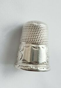 Victorian(?) THIMBLE ~ Silver ~ Blank Cartouche ~ Floral Pattern