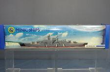 "Tri ang Hornby Minic Ships Modelo No.M742 km ""Bismarck"" acorazado MIB"