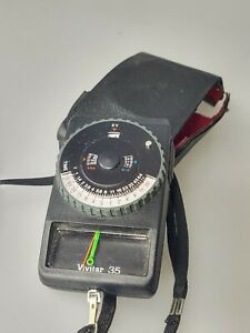 Vivitar 35 Reflected Light Meter with Case Working  (E12)