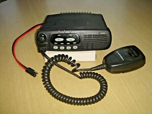 Motorola GM340 VHF 136-174MHzc/w microphone  & dc tail