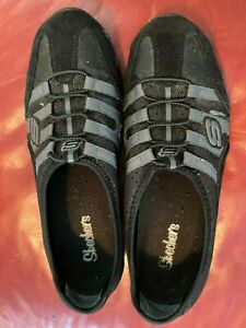 Women's Skechers elastic black/gray walking shoes, size 8.5 M
