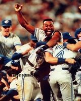 1992 Toronto Blue Jays World Series Champs Celebration Joe Carter  8 X 10 Photo