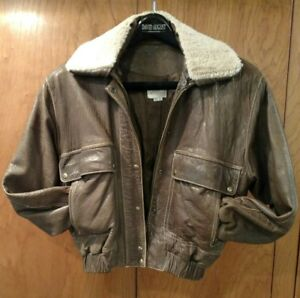 VAKKO distressed brown leather bomber jacket w/ removable faux fur collar size S