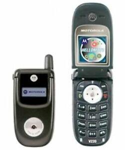 CHEAP BLACK MOTOROLA V220 FLIP MOBILE PHONE-UNLOCKED WITH NEW CHARGAR & WARRANTY