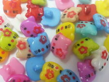 30 MIXED HELLO KITTY ACRYLIC SHANK BUTTONS 14x12.5mm Sewing~Knitting~Baby (72E)