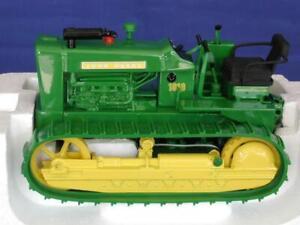Ertl 15191 John Deere 1010 Crawler Tractor - Green - 1/16 Die-cast MIB