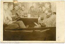 WW1 . CARTE PHOTO . MILITAIRES . JEUX DE CARTES . PIPE . TABAC. TOBACCO. PIQUET