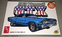 AMT 1969 Plymouth GTX Dirty Donny 1/25 scale model car kit new 1065