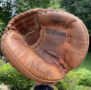 Vtg Wilson Baseball Glove Catchers Mitt A2403 Pro-Toe  Professional Model Japan