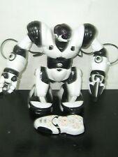 "2004 WOW WEE WHITE & BLACK ROBOSAPIEN 14"" ROBOT WORKS + REMOTE"