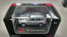 Malibu International Diecast Collection 1:87 Porsche Cayenne Turbo c34 silver