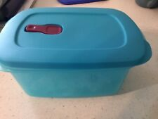 NEW Tupperware Crystal Wave PLUS  with Stain Guard 7 cup Light Blue
