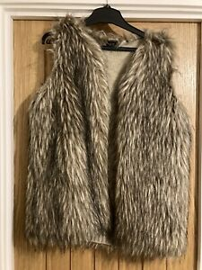 Ladies F&F Fur Gilet Size M