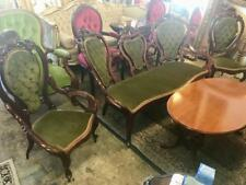 CARVED VICTORIAN STYLE MAHOGANY 3 PIECE CAMEO BACK SALON / PARLOUR SUITE