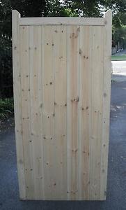 Wooden Garden Side Gate Framed, Ledge & Braced 6ft 1800mm Flat Top