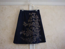 NWT OILILY WOMENS NAVY EMBROIDERED SKIRT 36