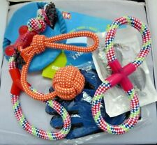 7 Piece Dog Bundle   3 x Clickers - 1 x Bowl - 1 x Grooming Mitt- 4 x Rope toys.